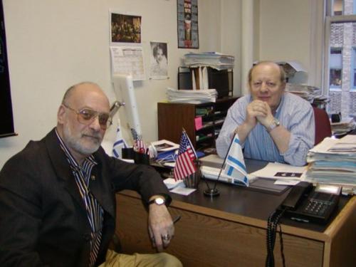 В своем кабинете «Форвертса» с журналистом Александром Грантом, 2002
